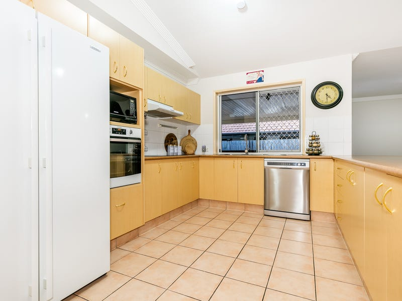 20 Central Street, Forest Lake, Qld 4078