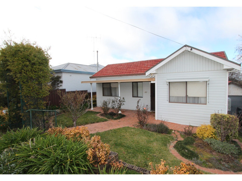 282 Havannah Street, Bathurst, NSW 2795