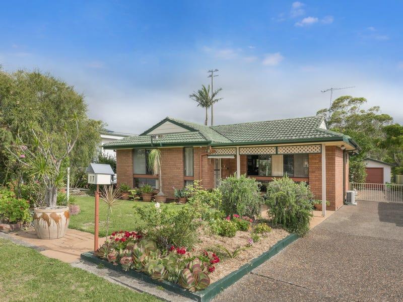 17 Inglis Street, Kotara South, NSW 2289