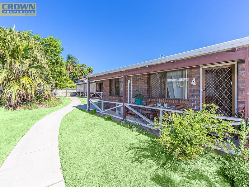 4/124 Oxley Ave, Woody Point, Qld 4019