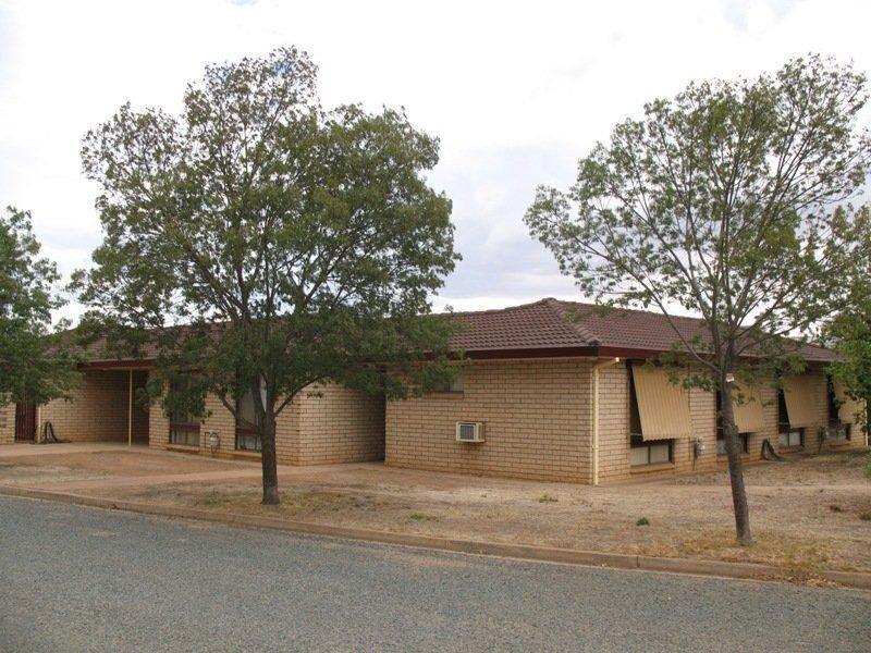 27 Operator Street, West Wyalong, NSW 2671