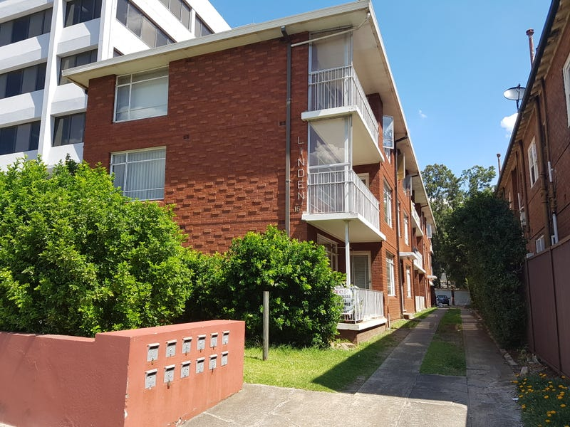 2/16 Railway Parade, Burwood