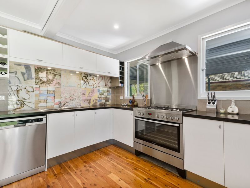 33 Sunset Point Drive, Mittagong, NSW 2575