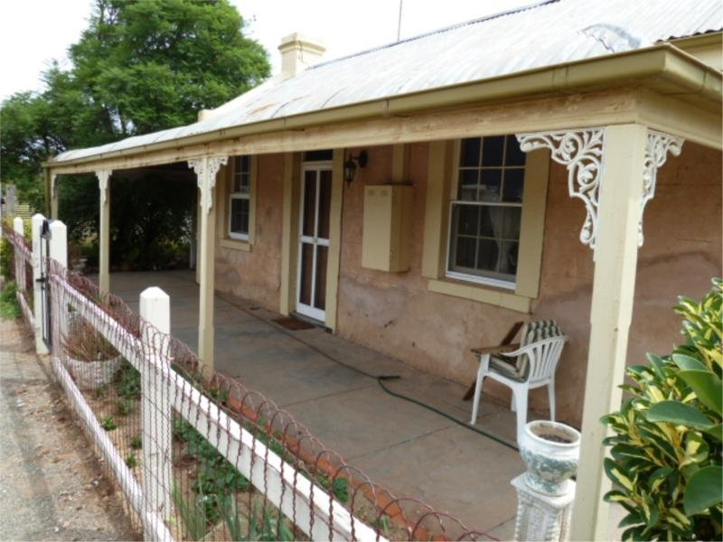 33 Moore Street, Blyth, SA 5462