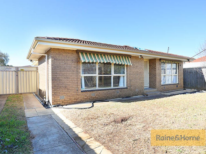 2 Wickham Street, Melton South, Vic 3338