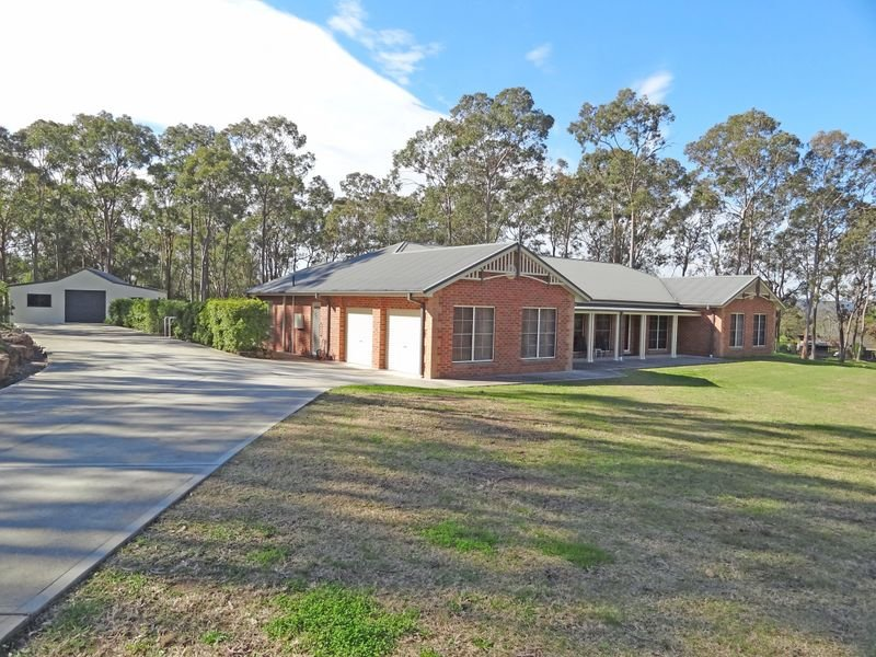 11 Regal Place, Seaham, NSW 2324
