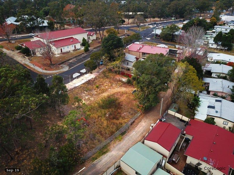 19 Fourteenth Ave, Warragamba, NSW 2752
