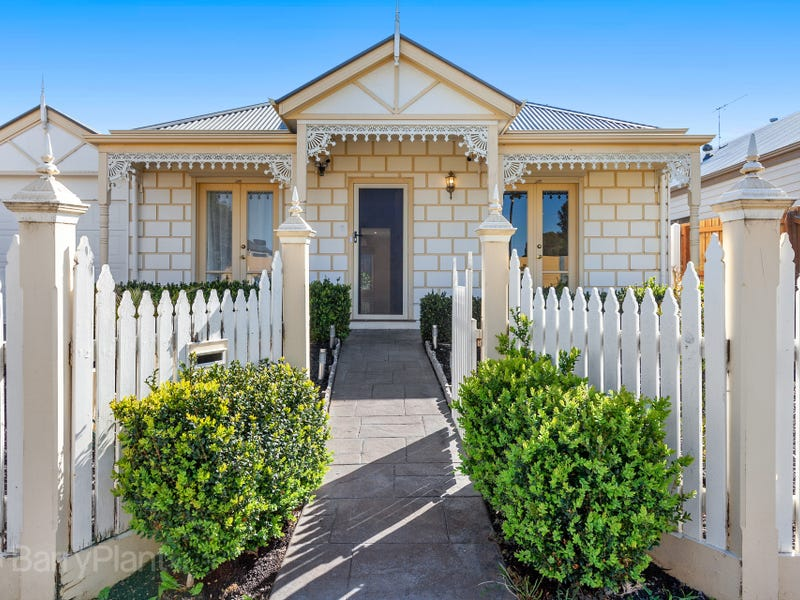 25 Copeland Crescent, Point Cook, Vic 3030