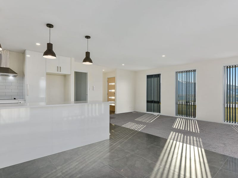 Unit 1, 43 Barilla Court, Midway Point, Tas 7171