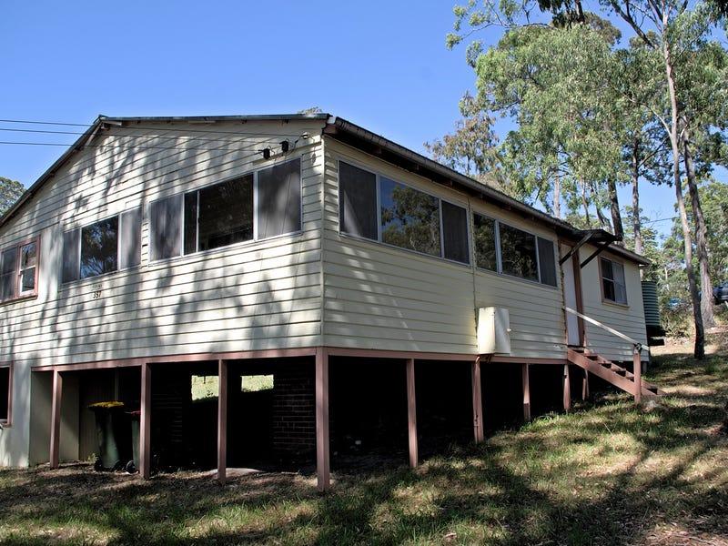 11 Cove Blvd, North Arm Cove, NSW 2324