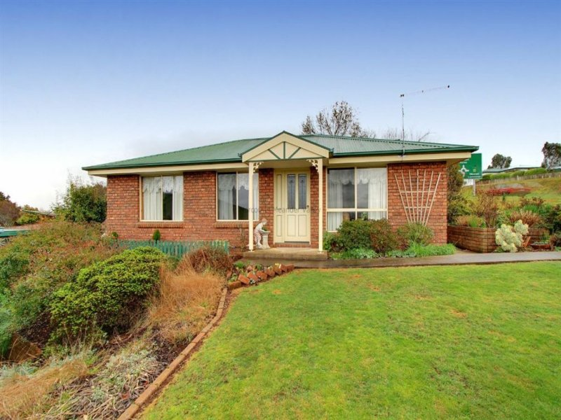 2/142 Emu Bay Road, Deloraine, Tas 7304