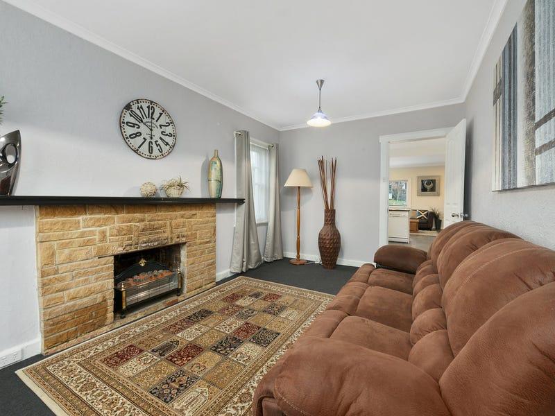 46 Hilton Road, Claremont, Tas 7011
