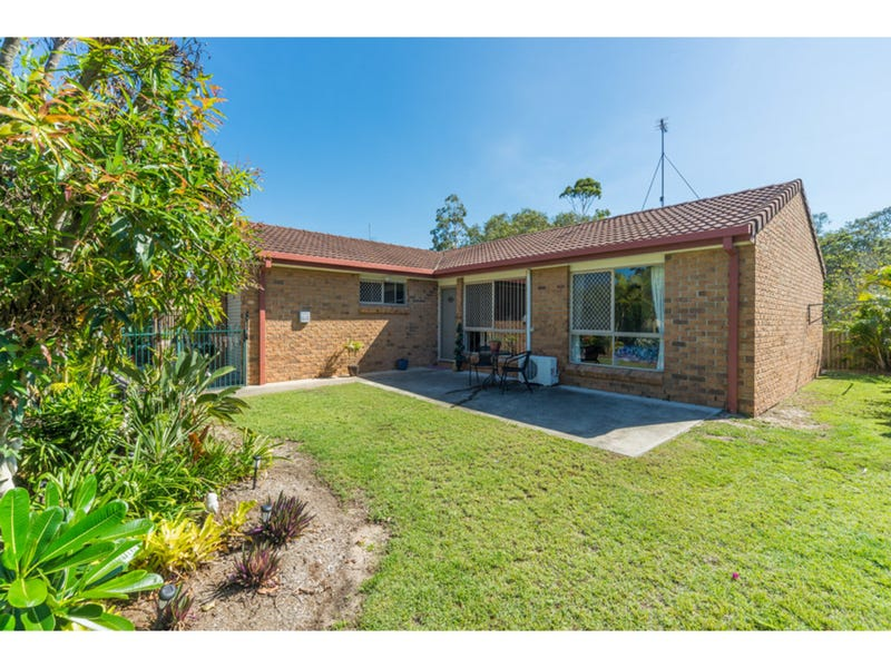 1/52 Kangaroo Avenue, Coombabah, Qld 4216