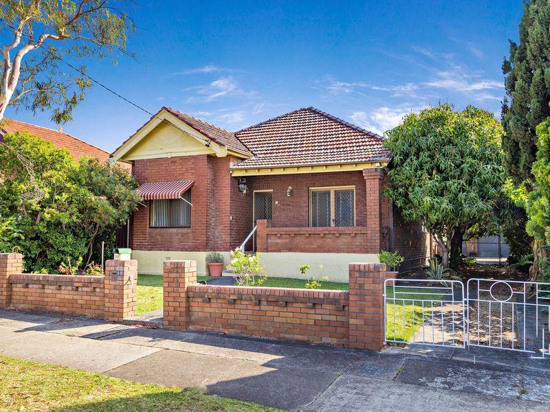 17 Robertson Street, Campsie, NSW 2194