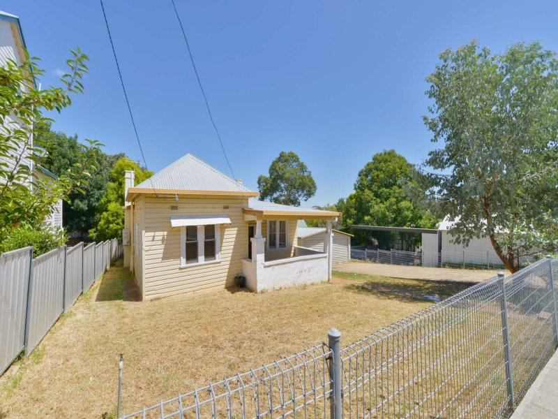 15 Dowell Avenue, Tamworth, NSW 2340