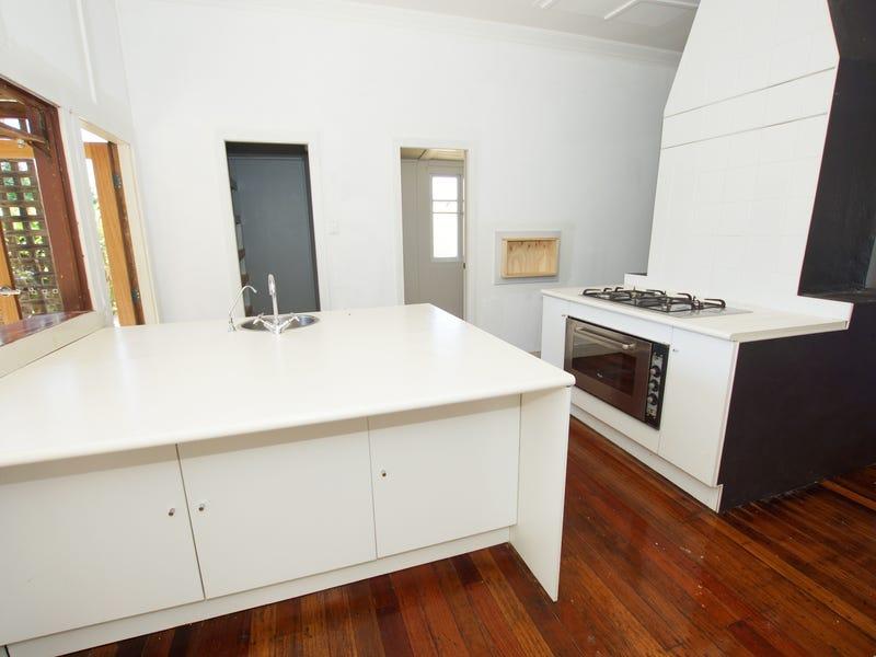111 Pine Avenue, Ulong, NSW 2450