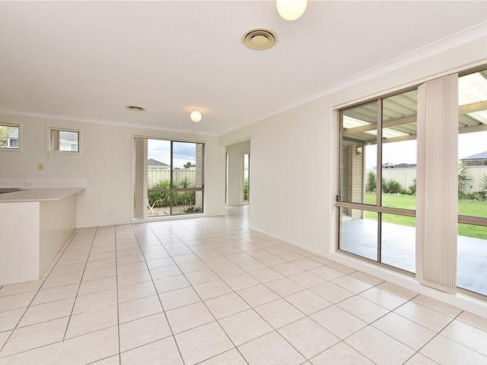 30 Avondale Drive, Thornton, NSW 2322