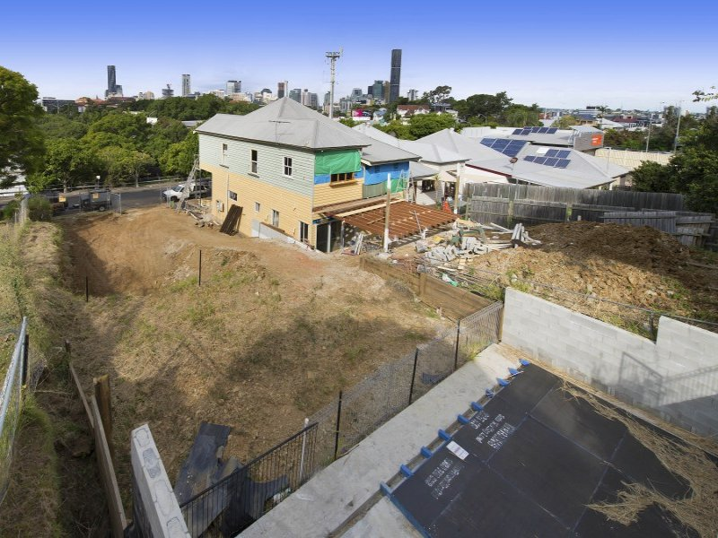 Red hill qld 4059 sold property prices auction results for 5 clifton terrace winchester b b