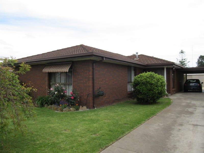 12 Garden Avenue, Bairnsdale, Vic 3875