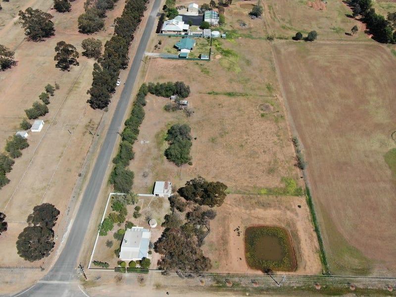 10 Airport Road, Temora, NSW 2666