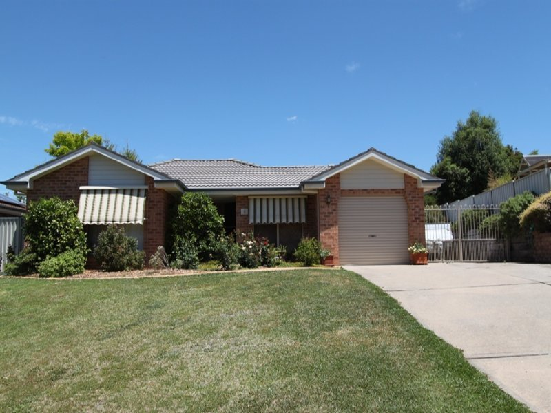 6 Wright Place, Bathurst, NSW 2795