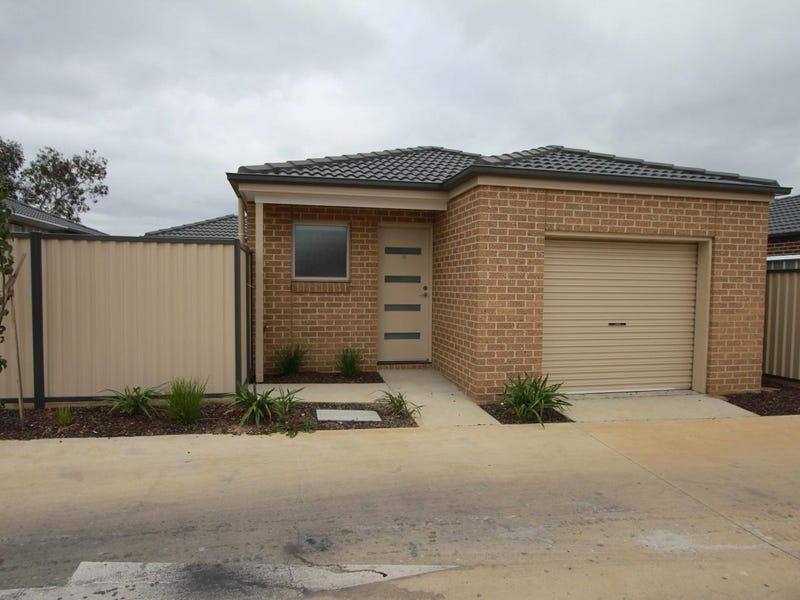 15 Ron Court, Canadian, Vic 3350
