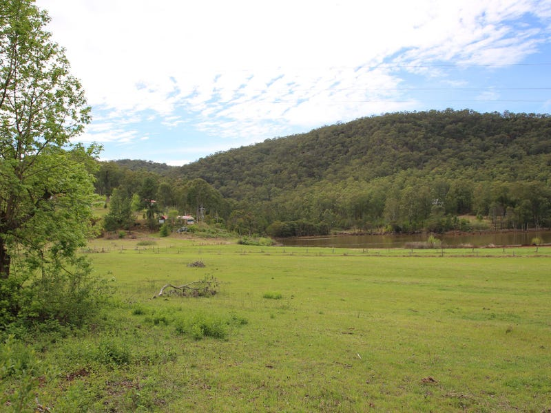 """Francisville""  Wollombi Road, St Albans, NSW 2775"