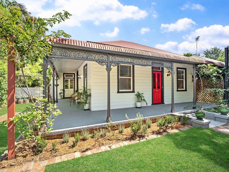 6 Roxburgh Street, Lorn, NSW 2320