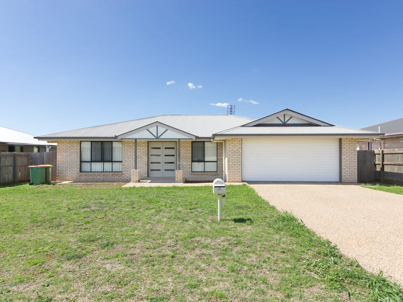 7 Clive Street, Oakey, Qld 4401