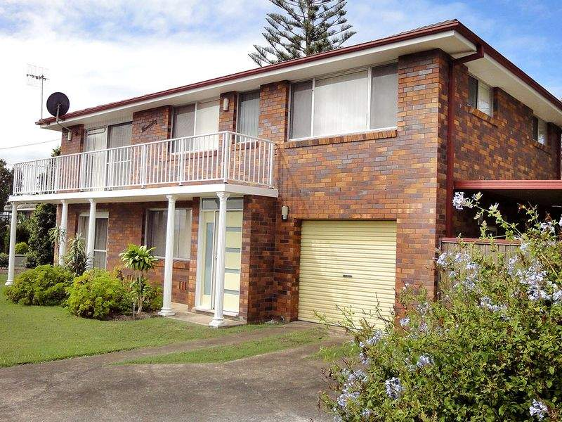 2 Allenwood Street, Dunbogan, NSW 2443