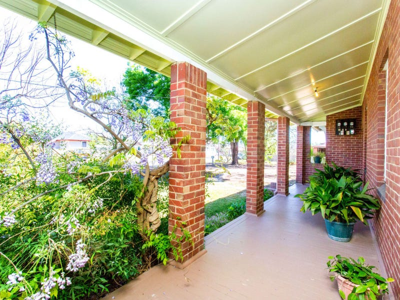 44 Eulo Street, Cowra, NSW 2794