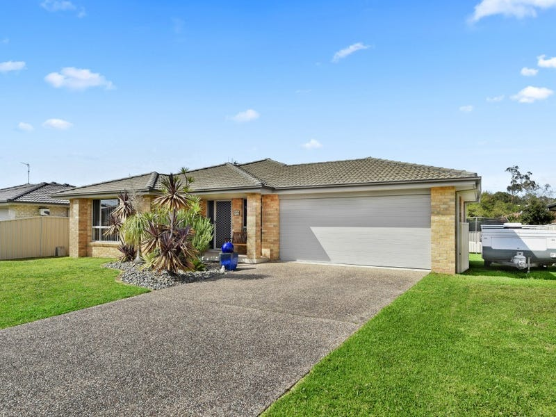 32 Braeroy Drive, Port Macquarie, NSW 2444