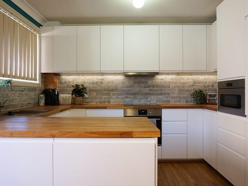 13 Sumba Place, Blairmount, NSW 2559