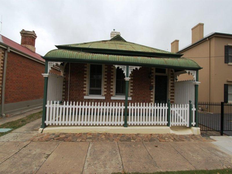 176 Piper Street, Bathurst, NSW 2795
