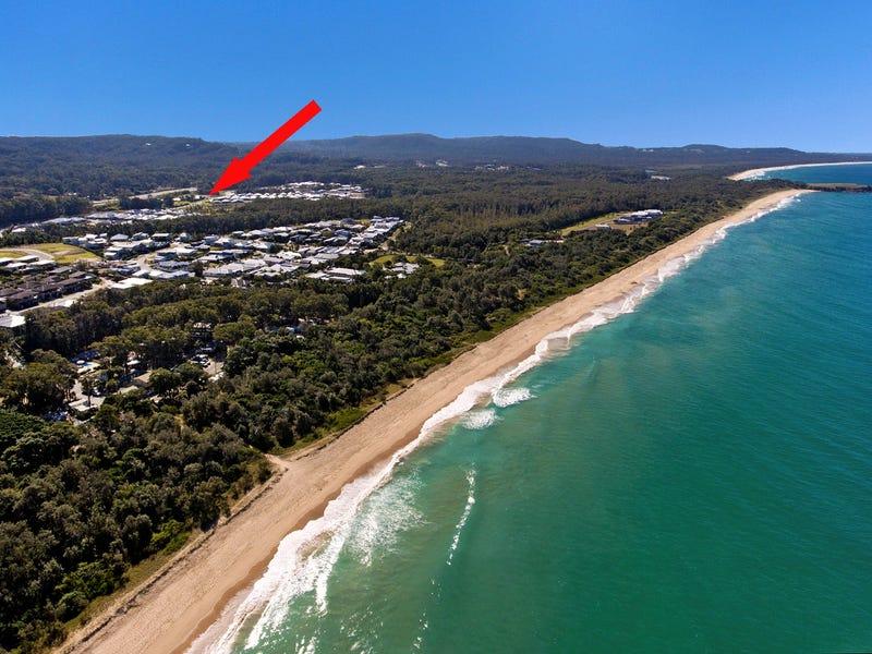 4 Reicks Cl, Sapphire Beach, NSW 2450