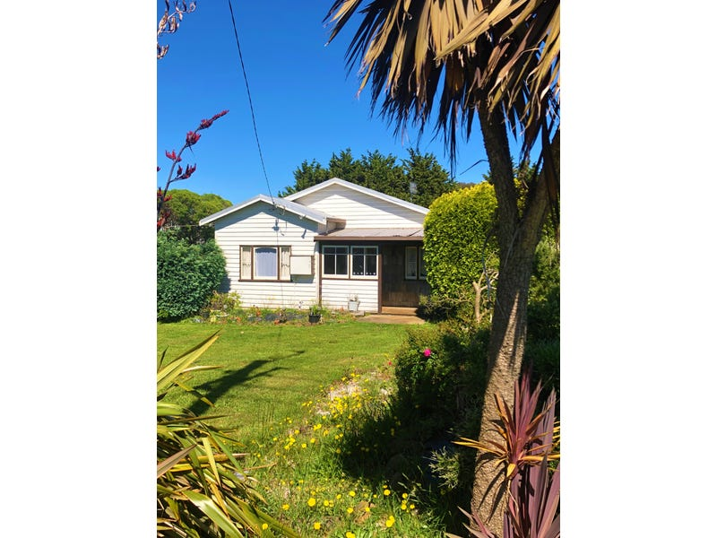 318 Natone Road, Upper Stowport, Tas 7321