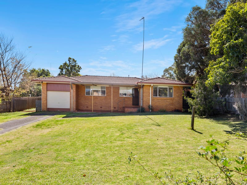 63 Cleary Street, Centenary Heights, Qld 4350