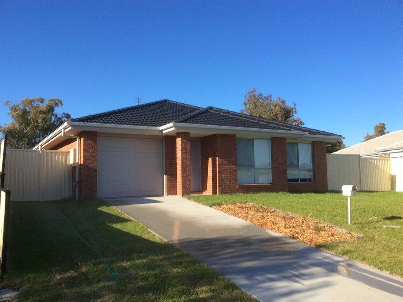 22 Gungurru Close, Tamworth, NSW 2340
