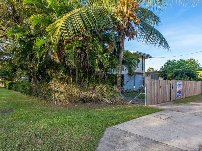 50 Reservoir Road, Manoora, Qld 4870