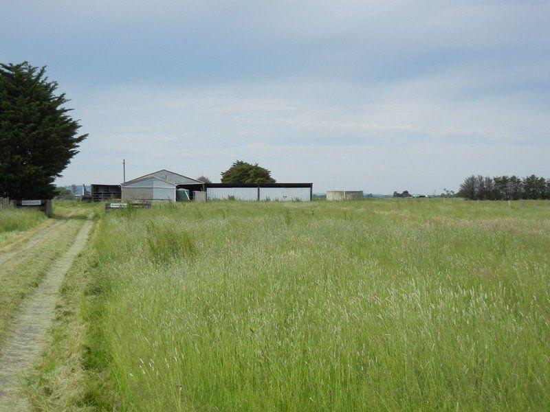 1390 CALDERMEADE ROAD (CNR GARDENERS RD), Catani, Vic 3981