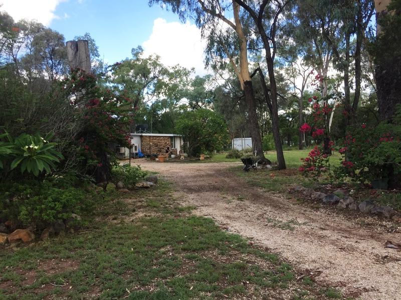 8 Avoca Ave, The Gemfields, Qld 4702