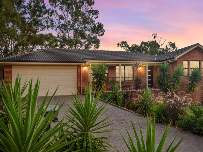 1 Henry Place, Young, NSW 2594