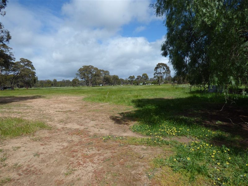 Lot 2 Ti Tree Swamp Road, Glenorchy, Vic 3385