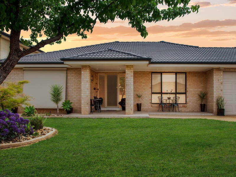 8 Rowley Street, Griffith, NSW 2680