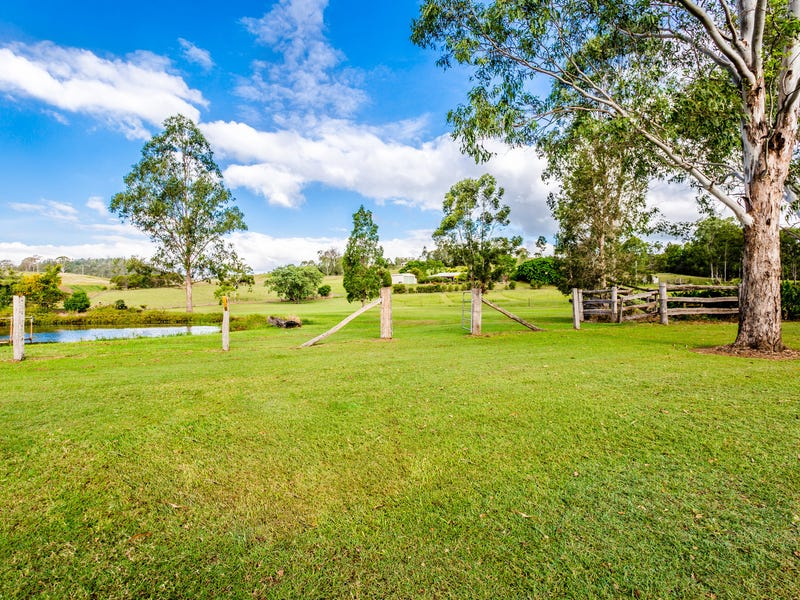 88 Reid Road, Widgee, Qld 4570