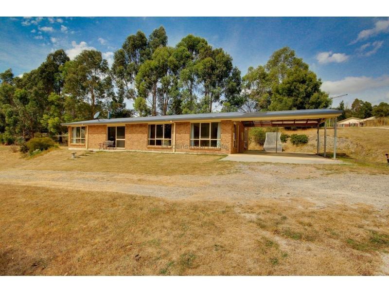 37 Barnes Road, South Spreyton, Tas 7310