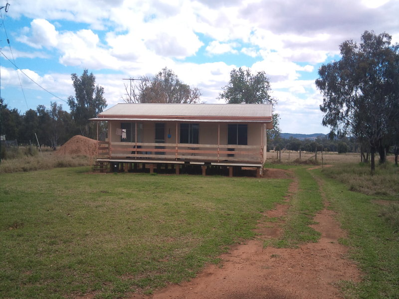 Bundalba Road, Goovigen, Qld 4702