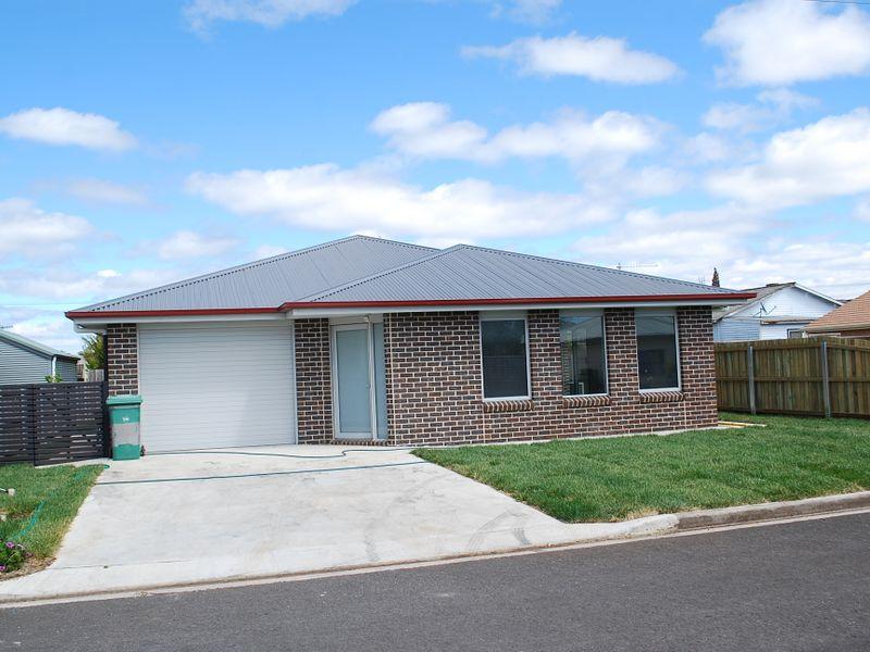 10 John Street, Wynyard, Tas 7325