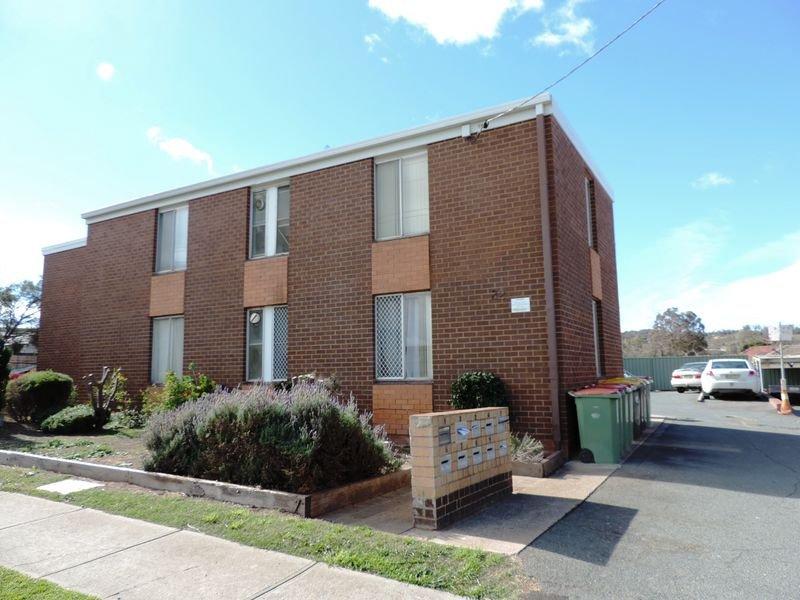 4/22 Carrington Street, Queanbeyan, NSW 2620