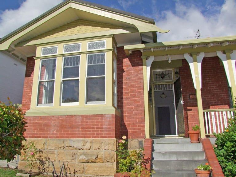 2/74 Lochner Street, West Hobart, Tas 7000